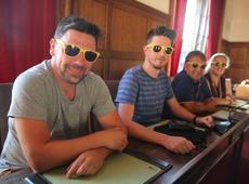 N-VA Sint-Genesius-Rode - Actie gele zonnebril - Overbodige gemeenteraad in zomervakantie