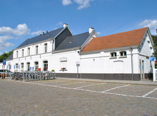 stations Sint-Genesius-Rode